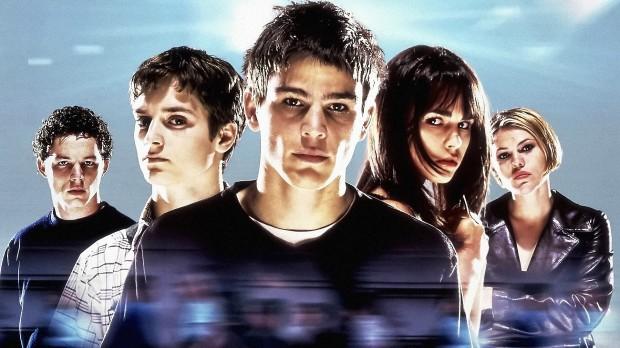 Unga stjärnor som Josh Hartnett, Elijah Wood, Salma Hayek och Jordana Brewster i The Faculty