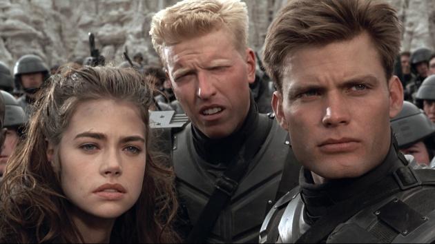 Starship Troopers (1997) - Verhoevens galna mästerverk