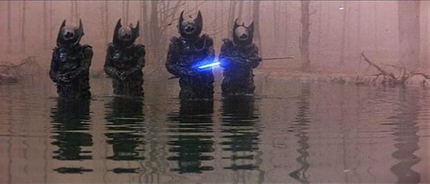 Slayers skjuter med laserstrålar