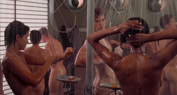Den (ö)kända duschscenen i början av filmen