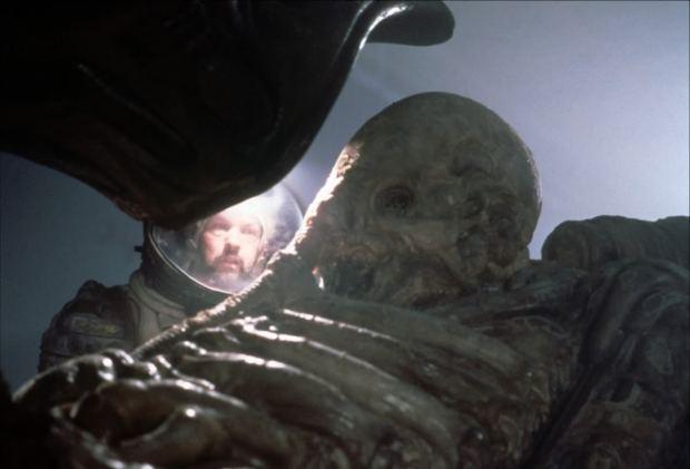 Alien (1979) - besättningen upptäcker Space Jockey