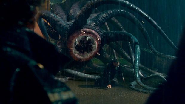 Filmskaparna gjorde sitt bästa för att få monstret att likna diiverse onämnbara delar av den mänskliga anatomin