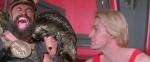 Prins Vultan (Brian Blessed) och Flash (Sam J Jones)