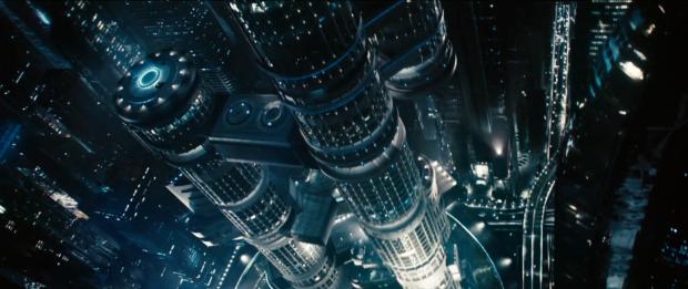 """Klipp till nattpanorama från San Francisco och filmens skurk John Harrison (Benedict Cumberbatch) hörs:  """"Darkness is coming"""""""