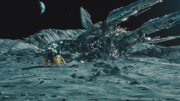 The Ark, ett robotskepp som hittas på Månen av astronauter. Det innehåller en energikälla