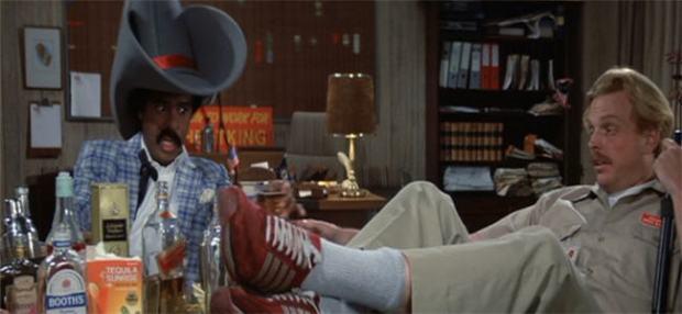 Richard Pryor får riktigt spela över i en fyllescen