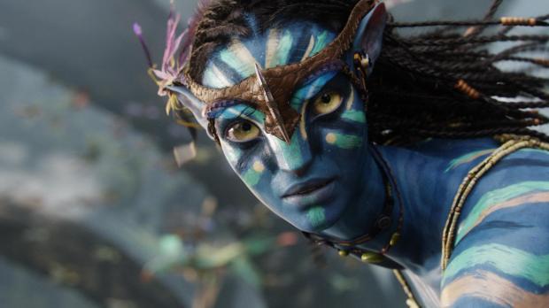 Zoe Saldana spelar Neytiri