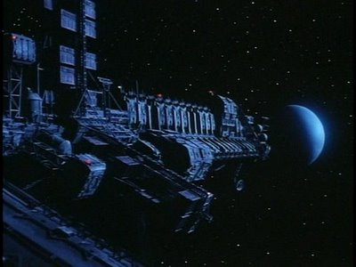 Malmen transporteras från Moon 44 på fraktskepp som detta