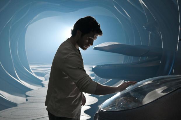 Clark ombord på det kryptonska spaningsskeppet