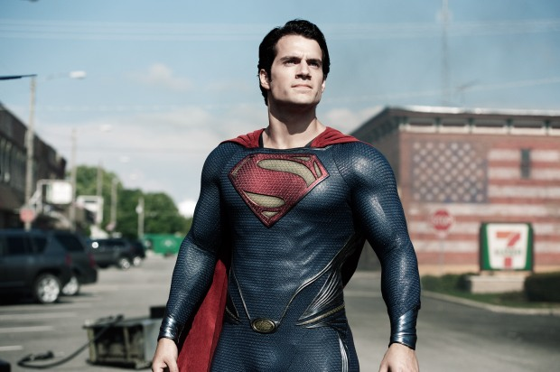 HENRY CAVILL som Superman  i Man of steel