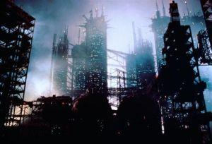 Den jordiska staden i Moon 44 är som hämtad direkt från Blade Runner
