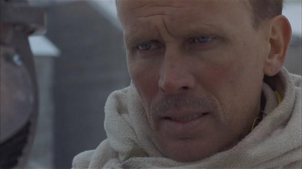 Peter Weller spelar överste Hendrickson