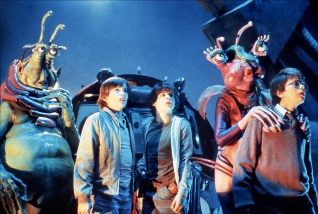 Explorers (1985) - River Phoenix och Ethan Hawke bygger rymdskeppet Thunder Road