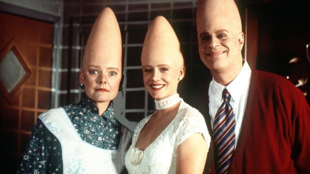 Beldar och Prymaat med dottern Connie. Alla med efternamnet Conehead