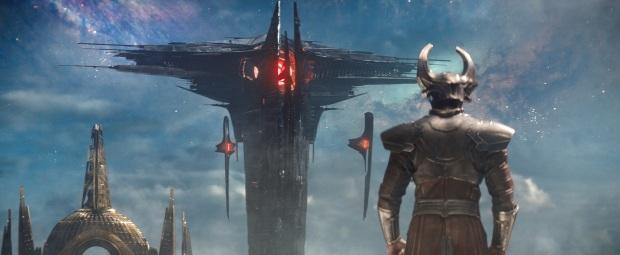Heimdall (Idris Elba) vs Svartalvernas skepp