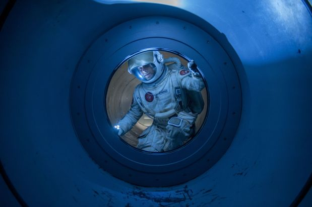 Liev Schreiber är astronaut i The Last Days on Mars
