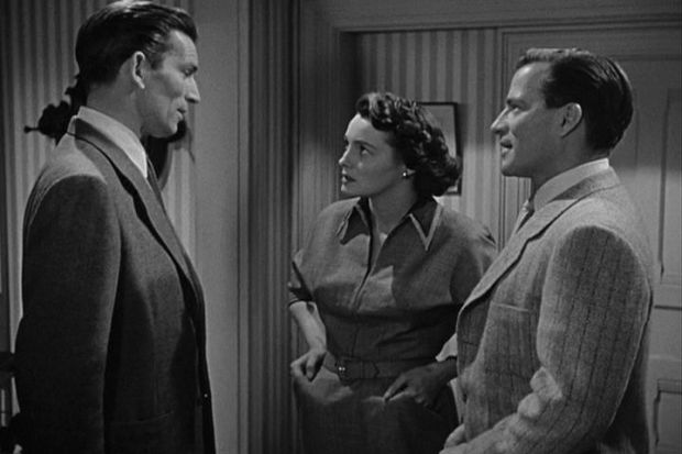 Scen från 1951, Klaatu vill vänster