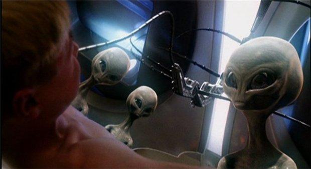 Bortrövad av aliens i Taken