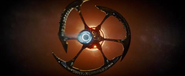 Rymdskeppet Avalon är filmens egentliga stjärna