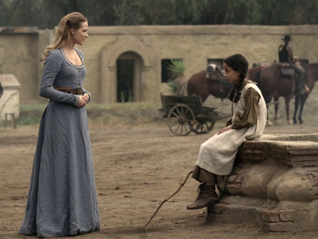 dolores-and-little-girl