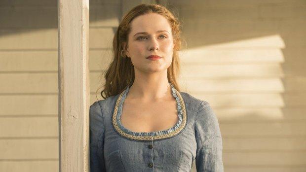 Evan Rachel Wood som Dolores i Westworld